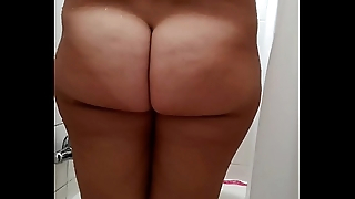 MILF PAWG under the shower